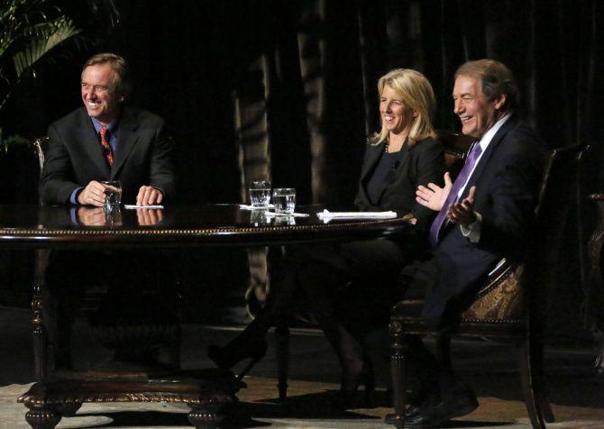 Роберт Ф. Кеннеди-младший, Рори Кеннеди и Чарли Роуз в Оперном театре Винспир в Далласе.