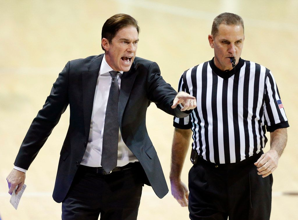 Southern Methodist Mustangs head coach Tim Jankovich is upset with the baseline official over an uncalled foul in the second half against the New Orleans Privateers at Moody Coliseum on the SMU campus in University Park, Texas, Wednesday, December 14, 2017. The Mustangs won, 79-66. (Tom Fox/The Dallas Morning News)