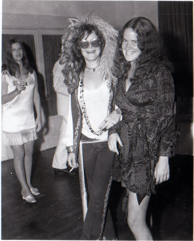 Janis returned to Port Arthur, Texas, for her tenth high school reunion the middle of August 1970.  Here she and I strolled from a press conference into the celebration at the Goodhue Hotel.  -- From Love, Janis by Laura Joplin (Villard Books, September 1992)