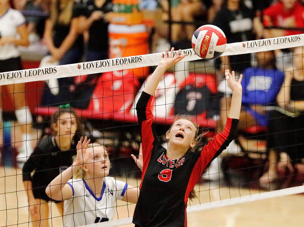 Lovejoy's Averi Carlson sets the ball during a match against Trophy Club Byron Nelson on September 10, 2019. (Stewart F. House/Special Contributor)