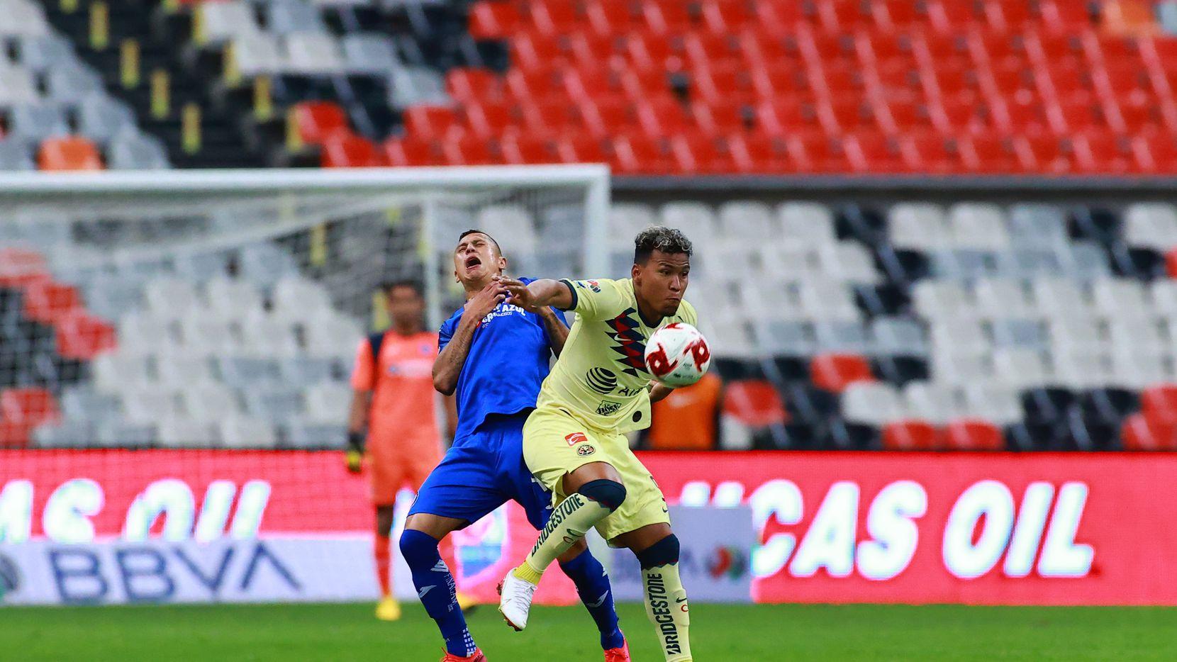América y Cruza Azul jugaron el último partido de la Liga MX el 15 de marzo en el Estadio Azteca antes de que el Torneo Clausura 2020 fuera detenido por la pandemia de coronavirus.