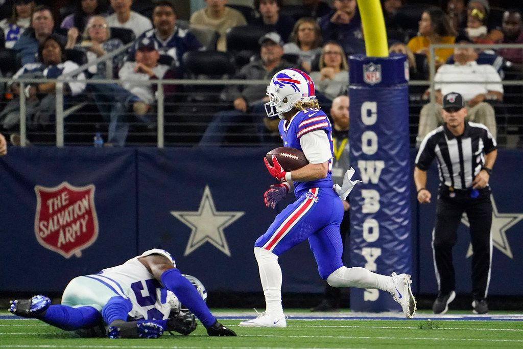 Buffalo Bills wide receiver Cole Beasley races past Dallas Cowboys middle linebacker Jaylon Smith for a touchdown during the second quarter of the game Thursday at AT&T Stadium. Buffalo won, 26-15.
