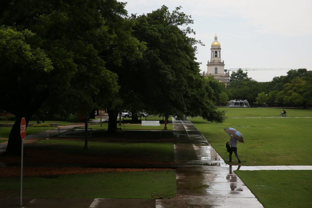 A view of Pat Neff Hall on the campus of Baylor University in Waco, Texas Thursday May 26, 2016. Baylor is partnering with a Texas minister's project to collect oral histories of racial discrimination. (Andy Jacobsohn/The Dallas Morning News)