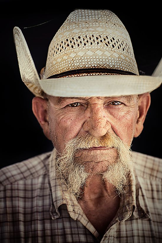 """Wagon Boss Jimbo Glover Waggoner Cowboy since 1975 Jimbo Glover came to the Waggoner Ranch in 1976 and has called the shots as wagon boss for twenty-two years. He likes the solitude a cowboy enjoys. """"I've always been quiet and much to myself."""" It seems natural that he would be a cowboy. """"Aw,"""" he says, """"I just grew up being that way."""" Cowboys work ten hours a day, five and a half days a week. """"There's always enough cowboys around for an emergency, like fighting a grassfire or something,"""" says Jimbo Glover. """"Somebody asked me, 'What do you want to be when you get big?' and I said, 'I ain't going to be a fireman, I'll tell you.'"""""""