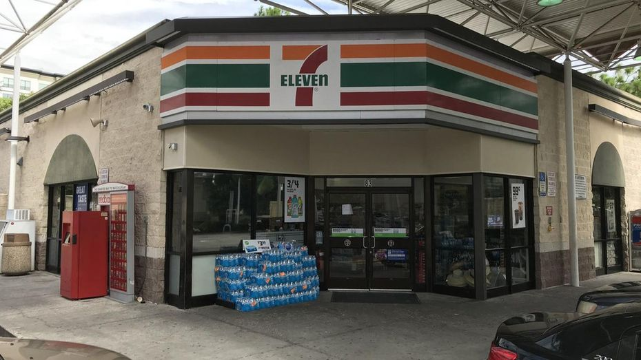 Is 7 Eleven Open On Christmas Day 2021 Christmas Wish For Some 7 Eleven Store Owners Is To Close Dec 25