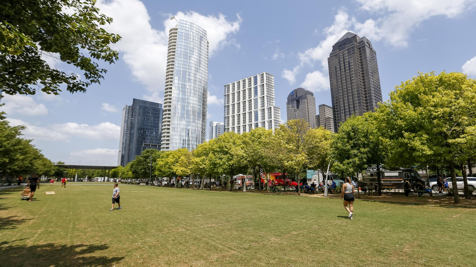 Klyde Warren Park needs volunteers to assist with events, programs, guest services and administrative support.