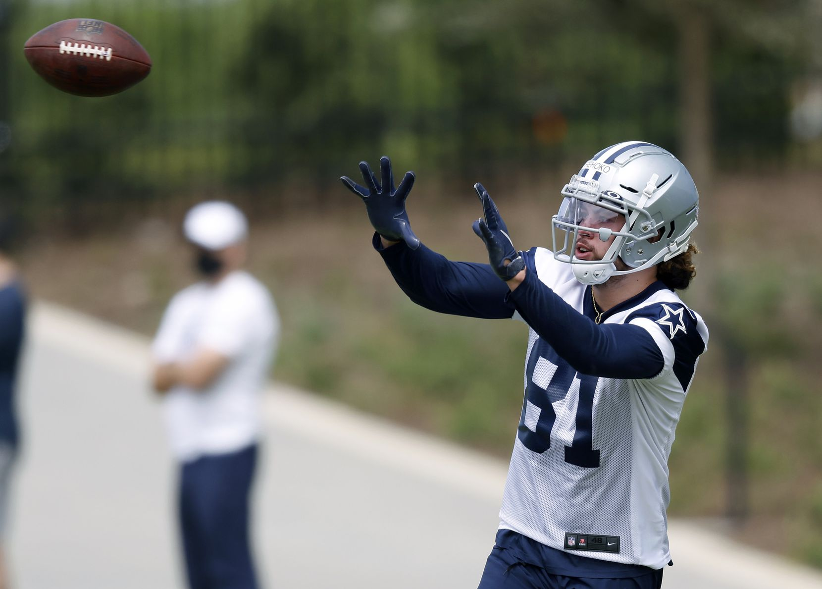 Dallas Cowboys rookie wide receiver Simi Fehoko (81) catches a ball during a rookie minicamp drill at the The Star in Frisco, Texas, Friday, May 14, 2021. (Tom Fox/The Dallas Morning News)