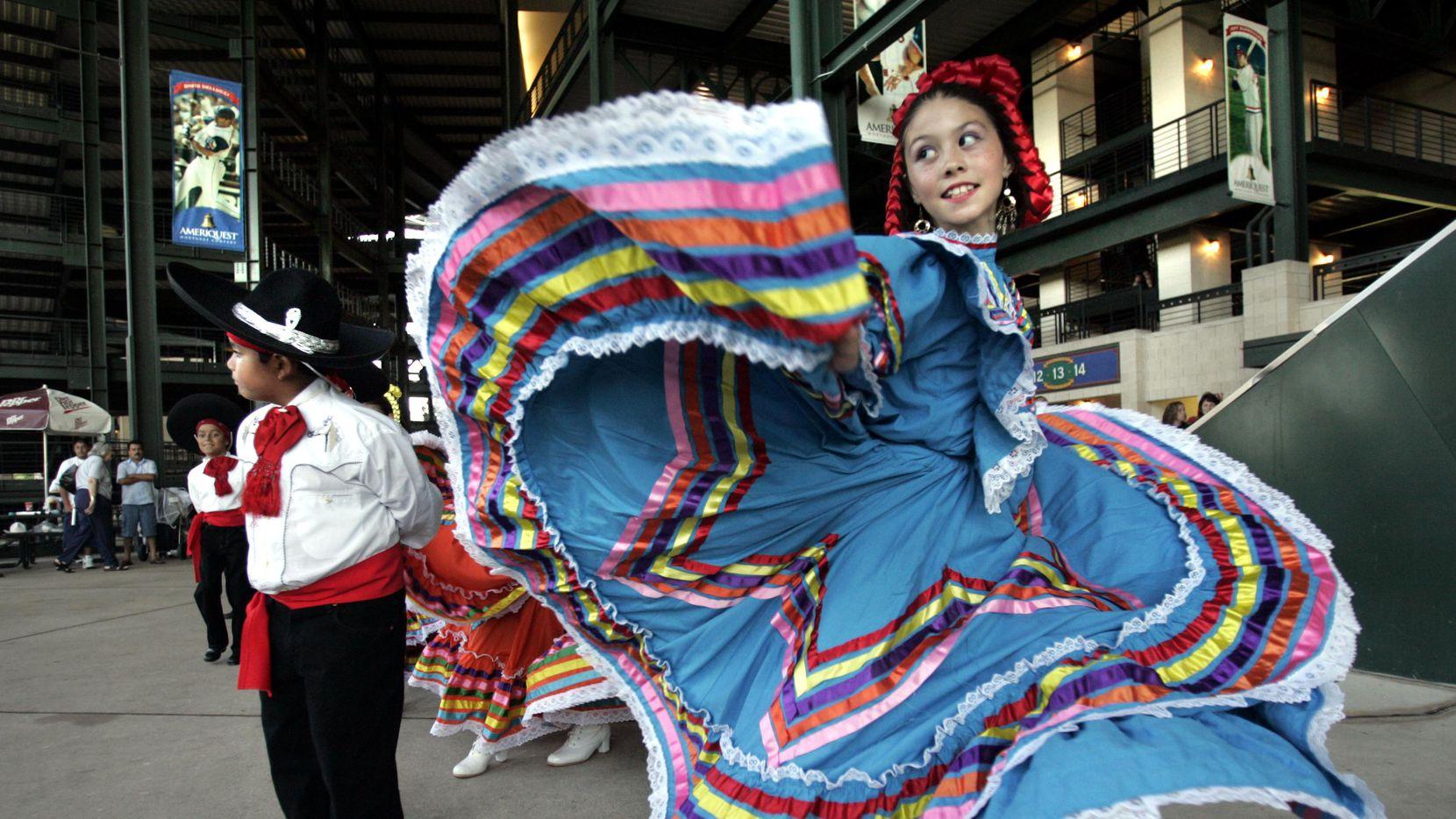 Los hispanos son el grupo de mayor crecimiento en Estados Unidos en la última década, lo que aumenta su influencia y su poder económico en el país.