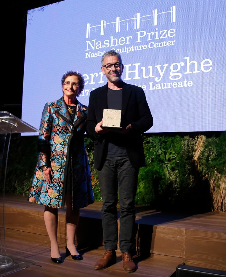 Nancy Nasher presented French artist Pierre Huyghe with the Nasher Prize for Sculpture, the second recipient of the award, during gala at the Nasher Sculpture Center in Dallas, Saturday, April 1, 2017. (Tom Fox/The Dallas Morning News)