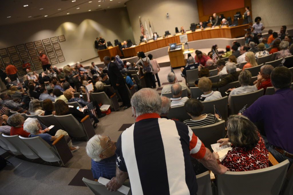 A crowd gathers for an Irving city council meeting to speak out on Texas House Bill 562 at Irving City Hall on April 2, 2015. Two rival community groups spoke out on the statehouse bill widely believed to target Islamic influence in America.