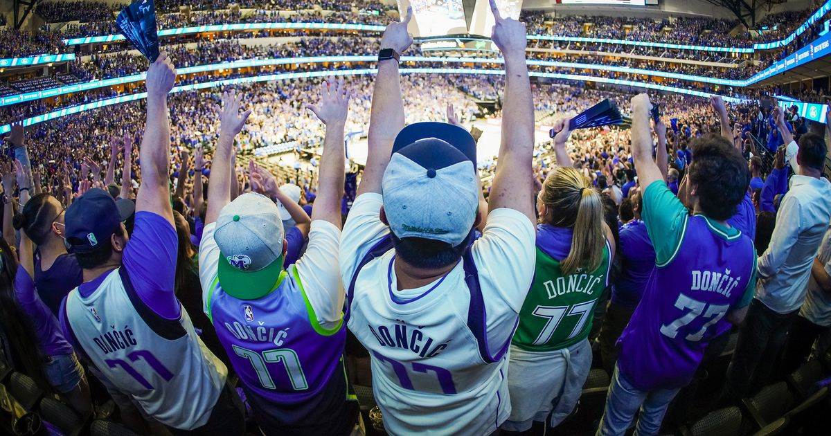 Mavs to require proof of COVID-19 vaccine or negative test for fans at home games this season