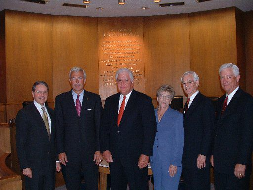Reynolds, at far right, in a photo taken as he joined the Highland Park town council in 2004.
