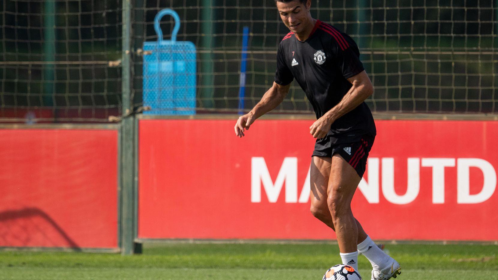 Cristiano Ronaldo en un entrenamiento del Manchester United el 7 de septiembre de 2021.