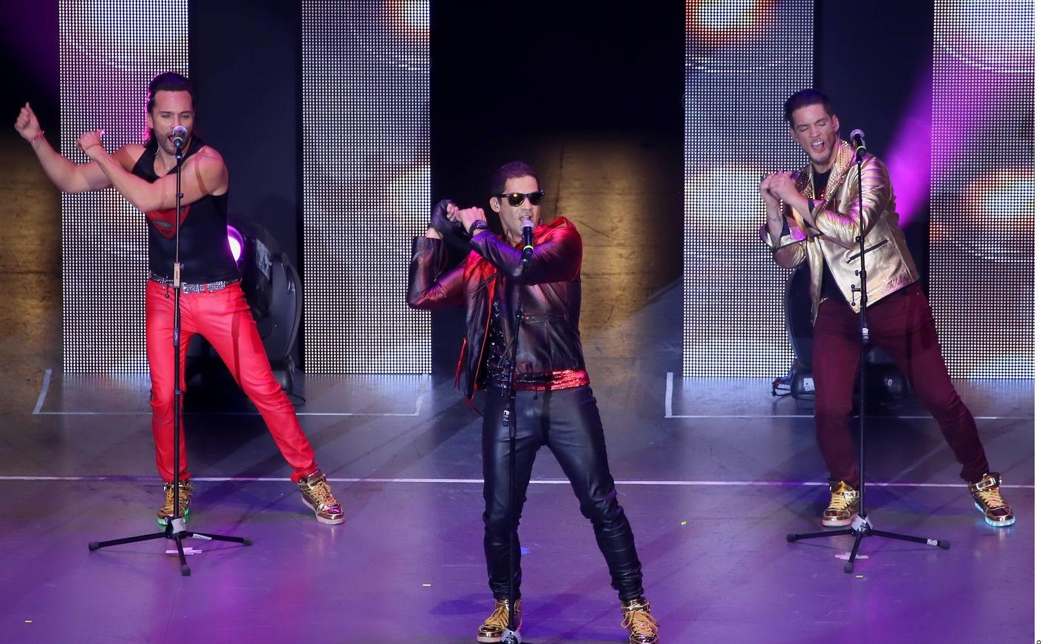 """Los ex integrantes de Menudo arrancaron como cuarteto el 2 de octubre el """"Súbete a mi Moto Tour"""" en Puerto Rico."""
