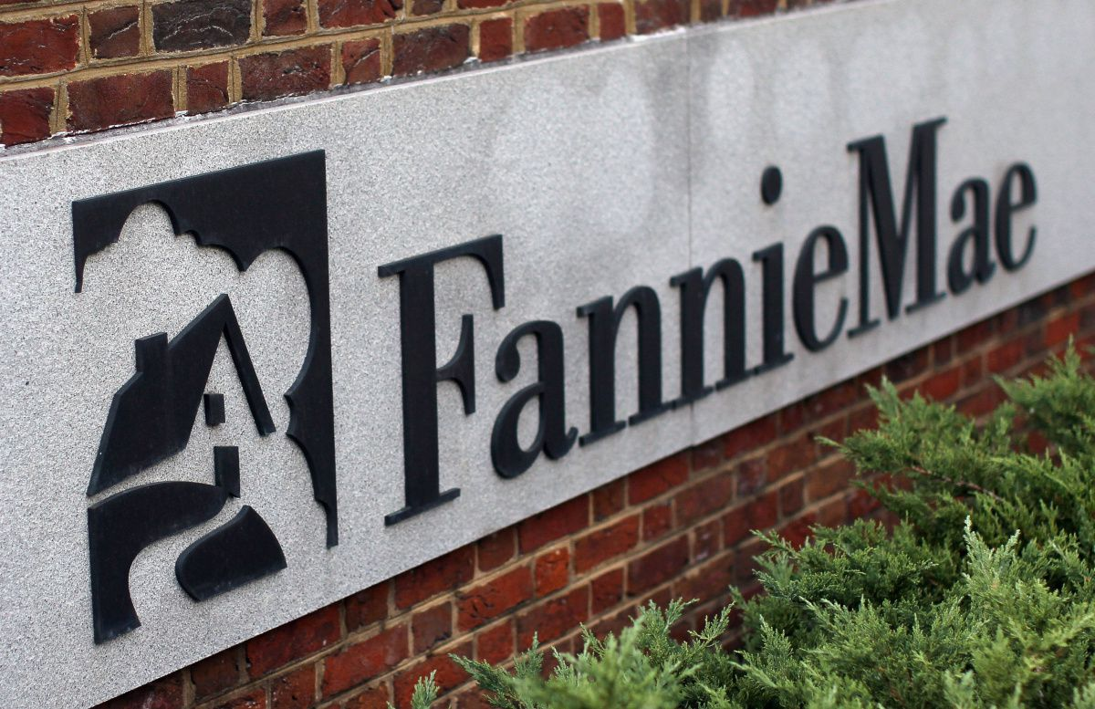 Fannie Mae has 1 D-FW location with 1,378 D-FW workers.