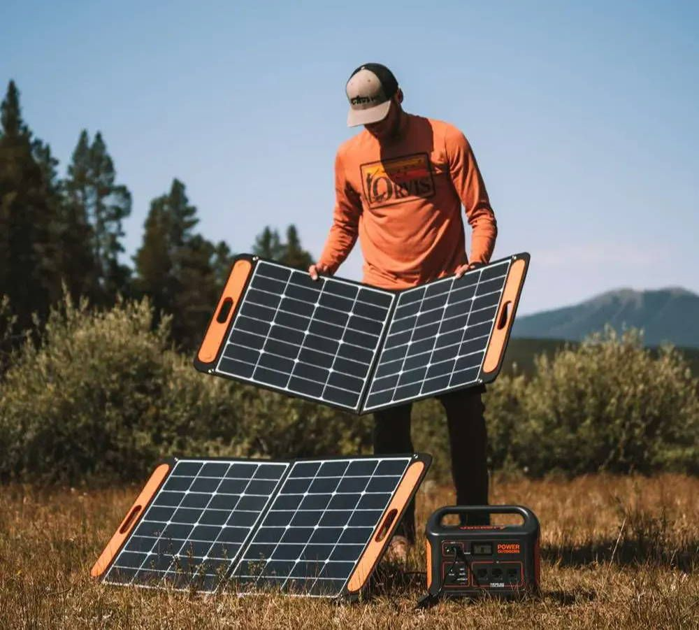 The Jackery SolarSaga 100 is rigid but foldable. You can connect four panels to the Explorer 1500 power station.