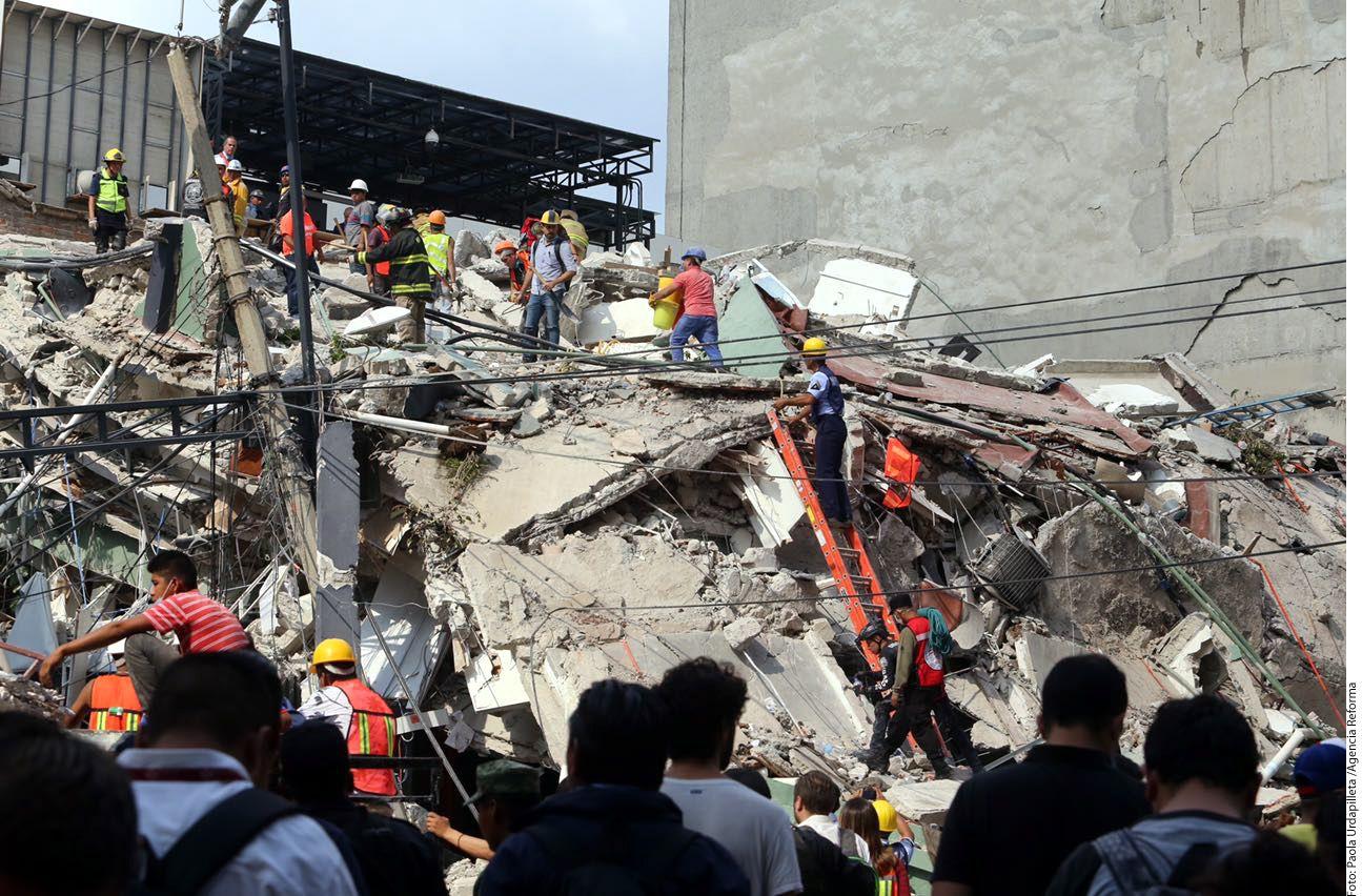 Derrumbes tras el sismo en la Colonia Roma, en Ciudad de México./ AGENCIA REFORMA