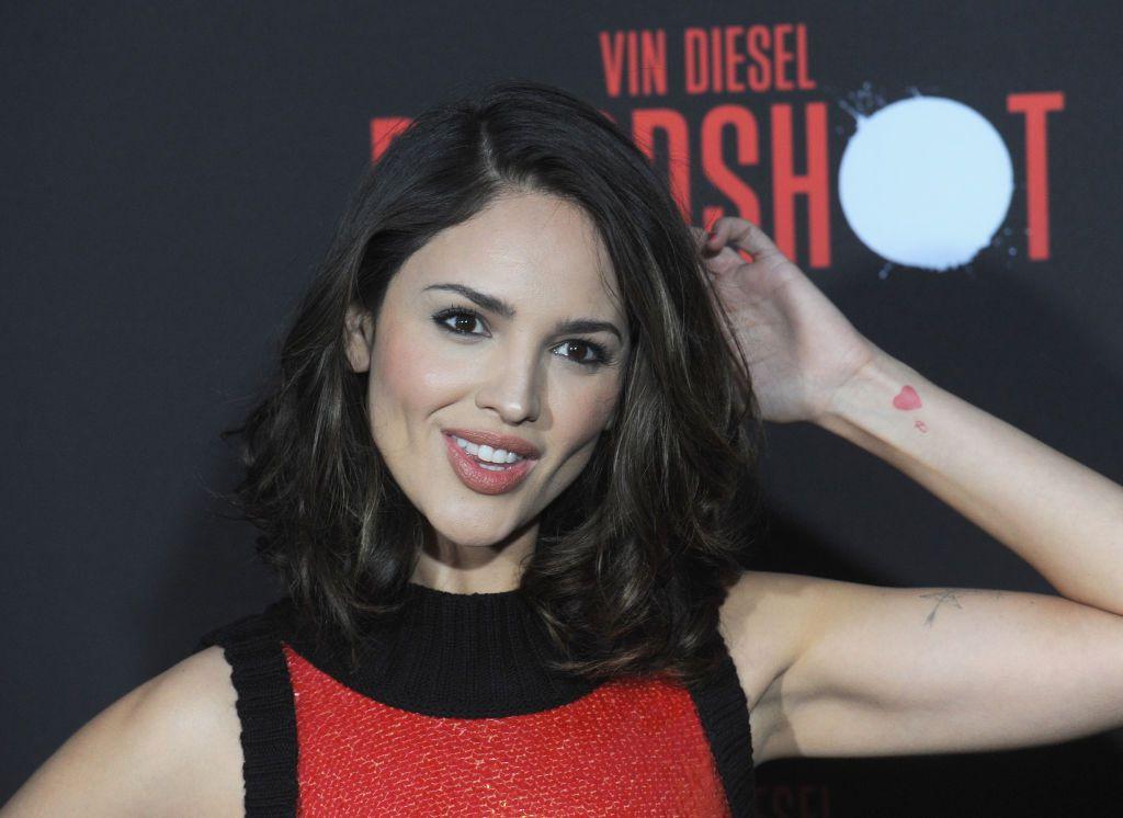 Eiza González  se defendió de las críticas a su apariencia física.