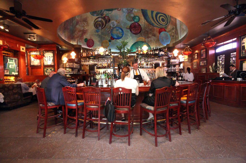 Full service bar at Al Biernat's.