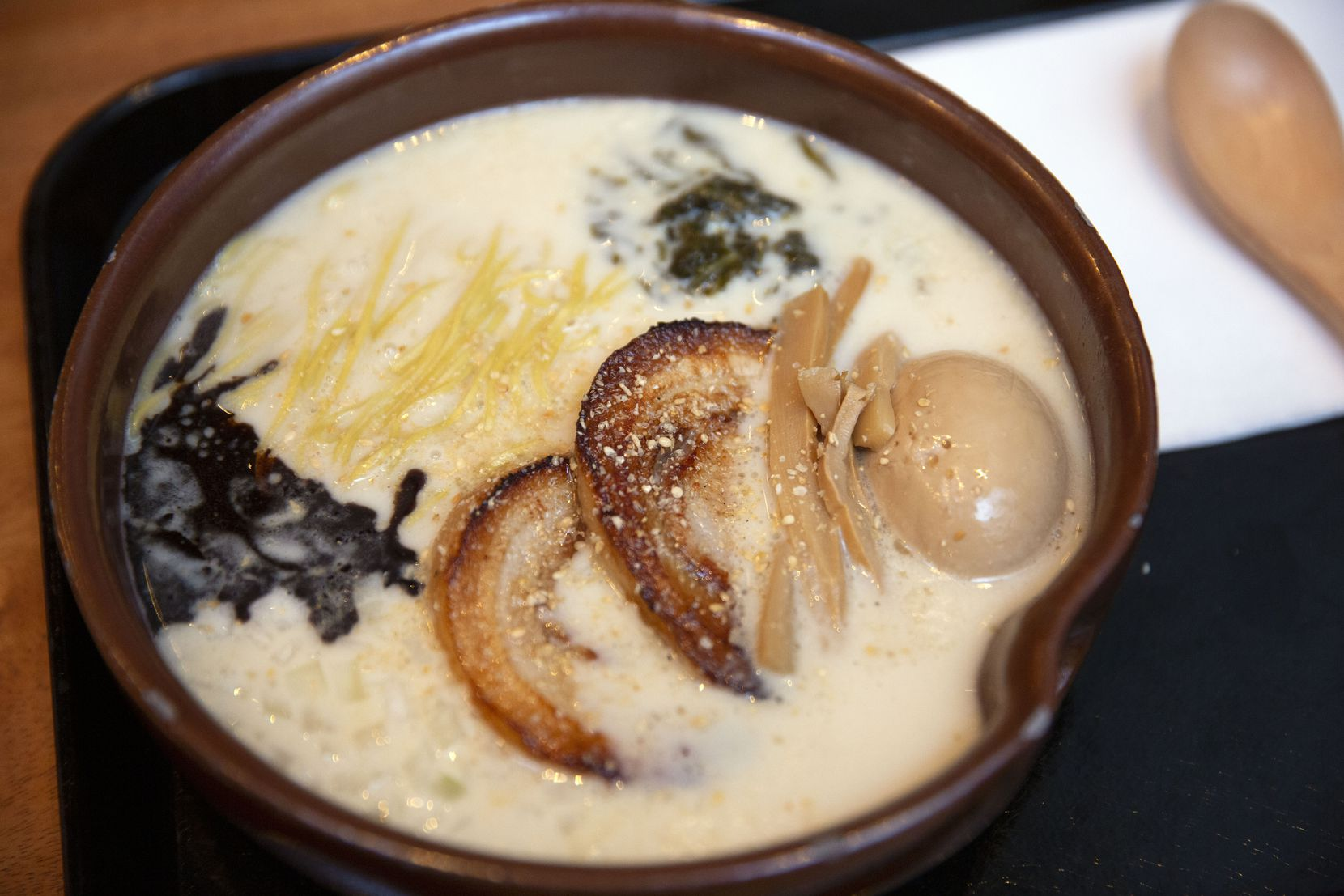 At Salaryman In Bishop Arts One Man S Ramen Obsession Grows Into A Transcendent Izakaya