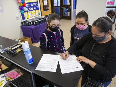 How Texas public schools reopen in August after the coronavirus shutdown campuses will likely remain largely up to local school districts, according to draft guidance under consideration.