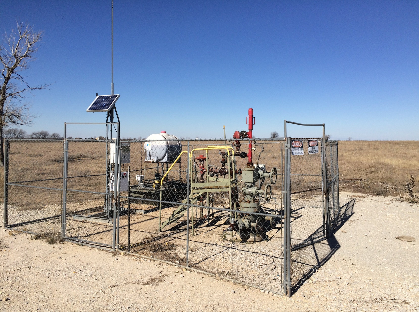The C. W. Slay #1 was the first successfull natural gas well drilled in the Barnett Shale.
