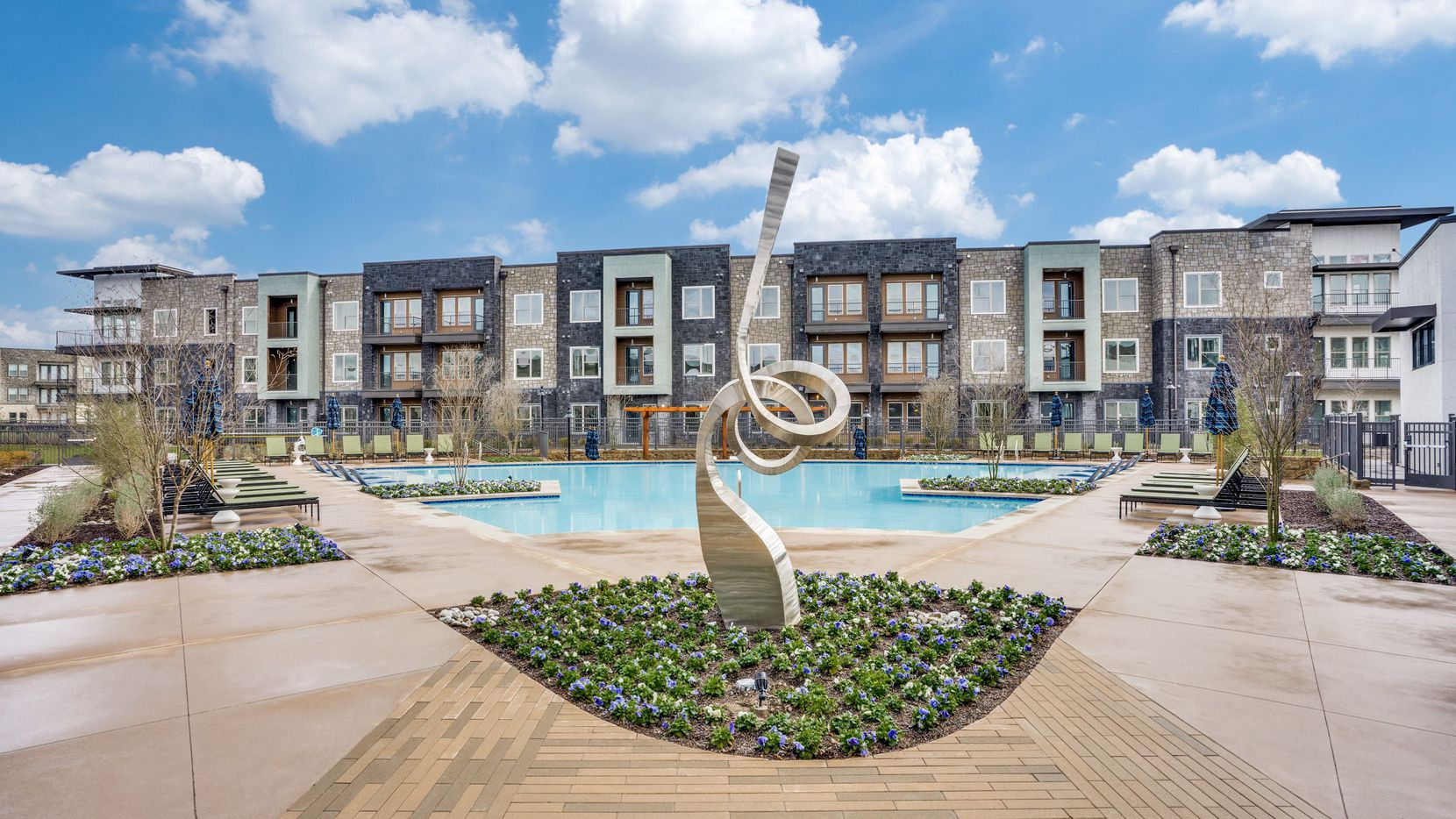 The Jefferson 1900 apartments in Farmers Branch were included in the sale.