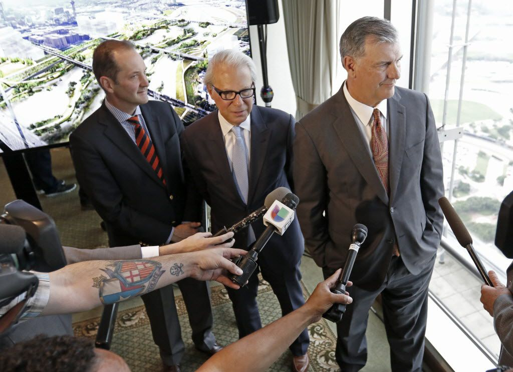 Mayor Mike Rawlings (right) talks with the media next to John H. Alschuler (enter), chairman of HR&A, and Matthew Urbanski, principal of Michael Van Valkenburgh Associates, after a press conference revealing the plans for a new park to be built in the Trinity River area at the City Club in Dallas, Friday, May 20, 2016. (Jae S. Lee/The Dallas Morning News)