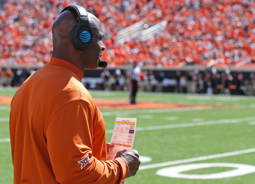 Texas head coach Charlie Strong stands on the sidelines during an NCAA college football game against Oklahoma State in Stillwater, Okla., Saturday, Oct. 1, 2016. Oklahoma State won 49-31. (AP Photo/Sue Ogrocki)