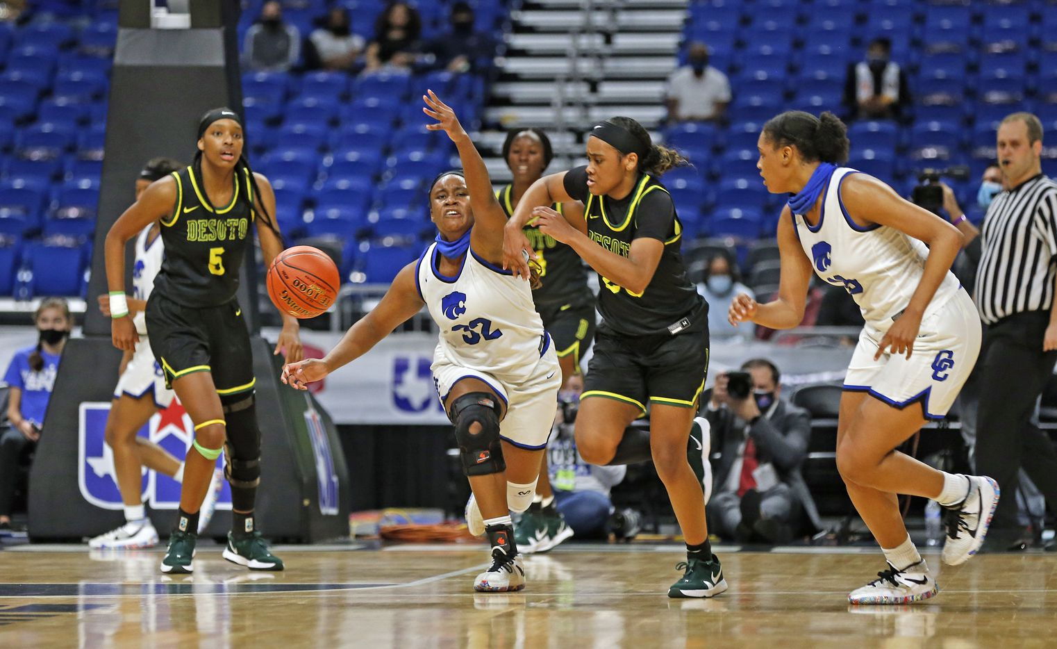 DeSoto Kendall Brown #23 steals the ball from Cypress Creek Taylor Jackson #32. DeSoto vs. Cypress Creek girls basketball Class 6A state championship game on Thursday, March 12, 2021 at the Alamodome.