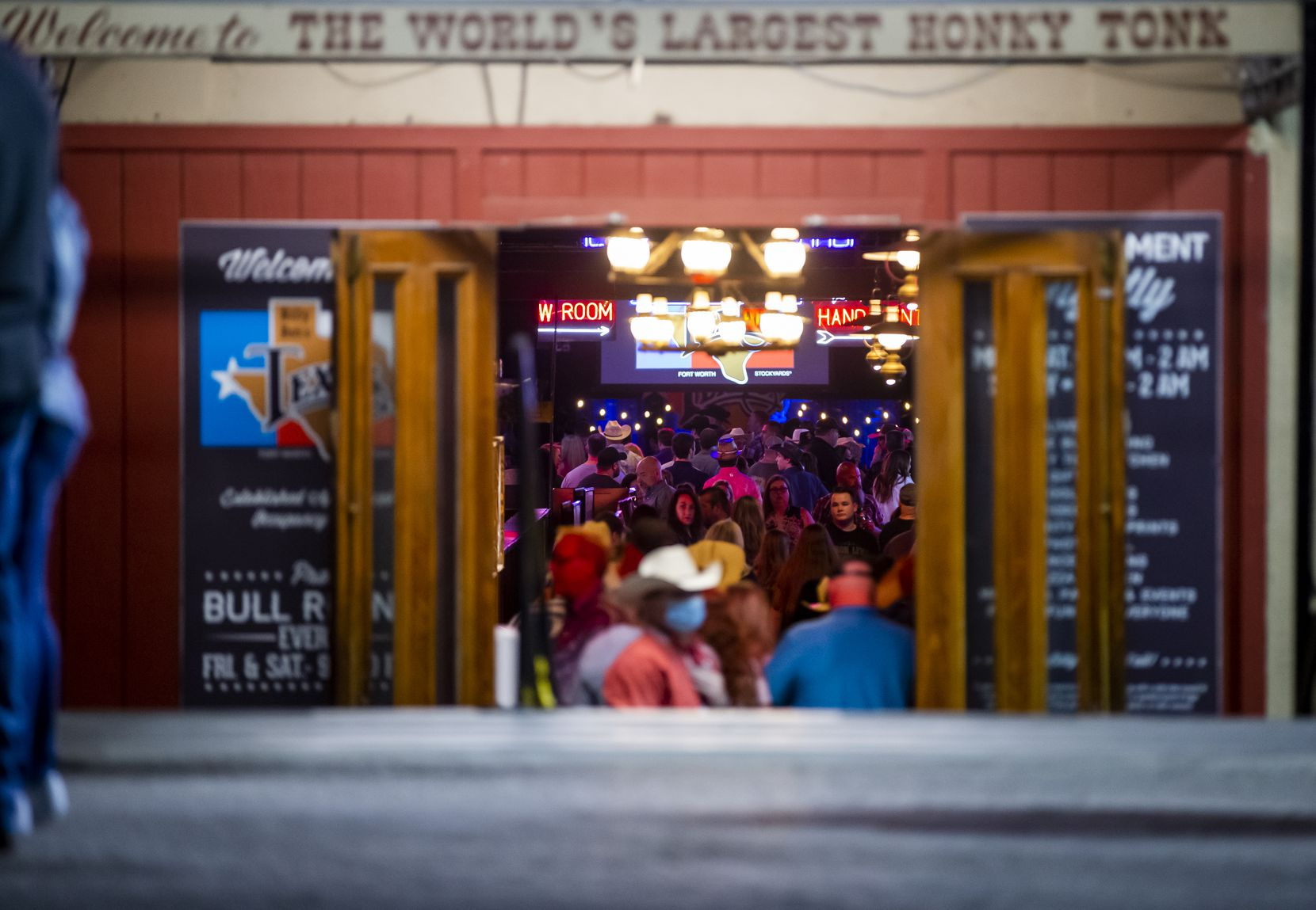 A crowd attends the Aaron Lewis concert at Billy Bob's on March 12.
