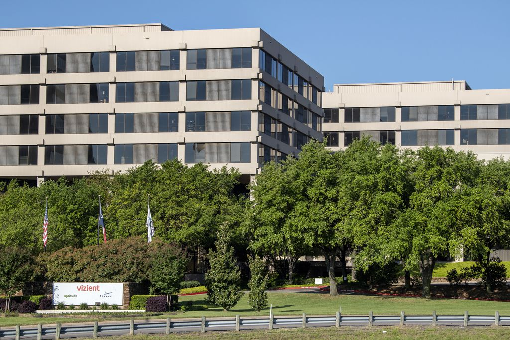 The Vizient office complex sits alongside the John W. Carpenter in Las Colinas. About 1,500 employees work at its world headquarters.