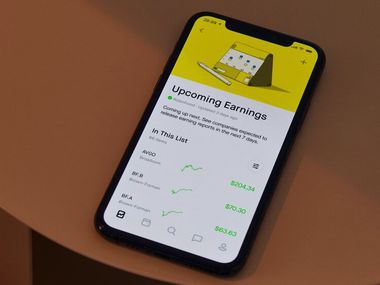 The Robinhood mobile trading app.