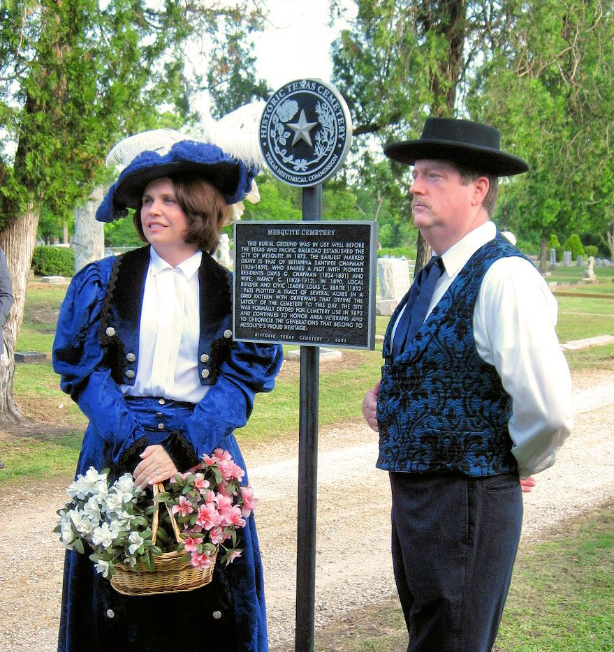 A pair of actors participate in 2014's Mesquite Meander. This year's event is set for Friday and Saturday.