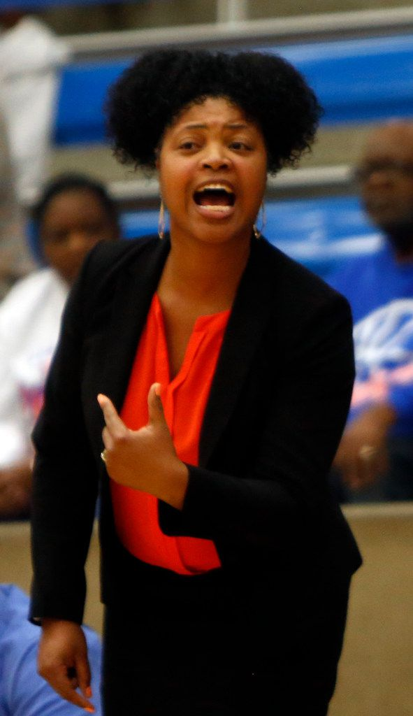 Arlington Bowie head coach Kelly Carruthers directs her players from the team bench area during first half action against Hurst L.D. Bell. The two teams played their Class 6A bi-district girls basketball game at Grand Prairie High in Grand Prairie on February 17, 2020. (Steve Hamm/Special Contributor).