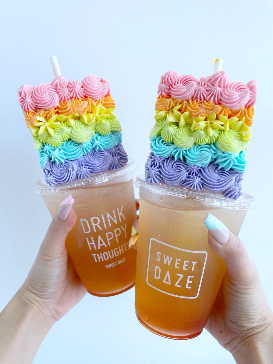 Cake, with a straw through the middle? Sweet Daze serves lemonade and slices of cake, and yes: You eat it right off of the top of the cup.