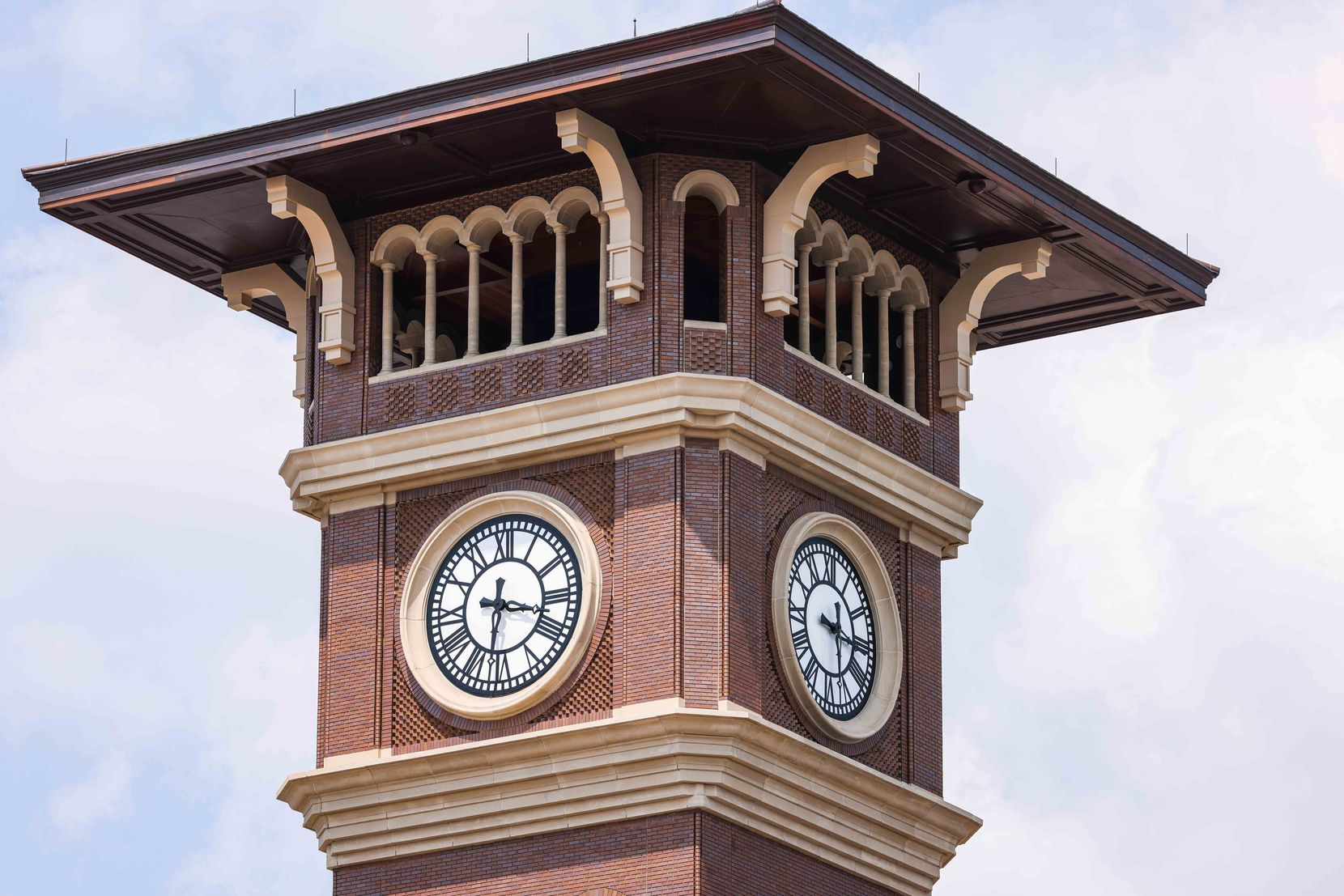 The clock tower at Grapevine Main