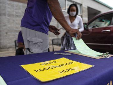 Antes de la pandemia de coronavirus, el registro de votantes ocurría con más frecuencia en plazas o eventos públicos. Ahora, las organizaciones han concentrado esfuerzos en innovar la manera de llegar a los ciudadanos para que se registren en el padrón.