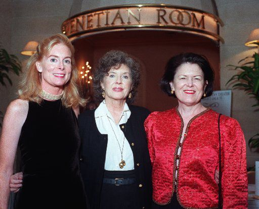 Field in 1997 with Loyd Zisk (left) and Peggy Healy (right) at the Dallas Children's Theater Cabaret Gala at the Fairmont Hotel (Joe Laird/Special Contributor)