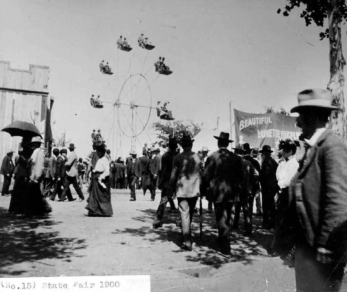 The Ferris Wheel at the State Fair of Texas in 1900.