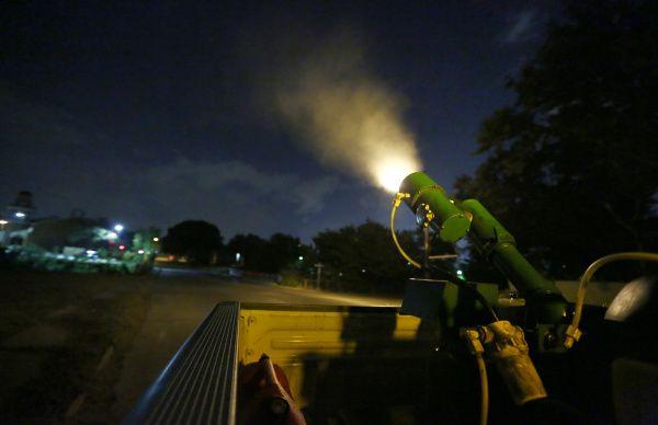 Los Servicios Humanos y de Salud del Condado de Dallas anunciaron fumigaciones debido a la actividad del virus del Nilo.