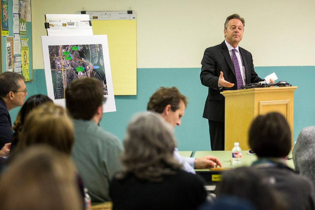 DISD chief operating officer Scott Layne discusses a proposed elementary school site during a public meeting at Jill Stone Elementary School on Wednesday, Jan. 11, 2017, in Dallas.