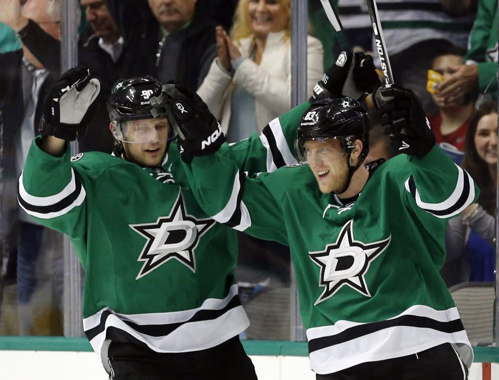 Dallas Stars center Jason Spezza (90) and right wing Ales Hemsky celebrate Hemsky's goal on Boston Bruins goalie Tuukka Rask during the first period of their game Saturday, February 20, 2016 at the American Airlines Center in Dallas. (G.J. McCarthy/The Dallas Morning News)