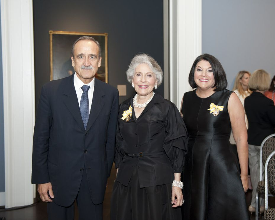 The honorable Enric Panes, Consul General of Spain; Linda Pitts Custard; and the honorable Janet P. Kafka, Honorary Consul of Spain (Photo by Tamytha Cameron)