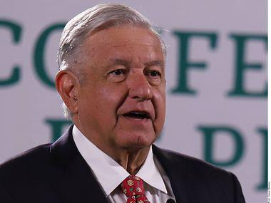 Andrés Manuel López Obrador reveló el lunes que se reunió con senadores demócratas y republicanos de Estados Unidos en la capital mexicana.