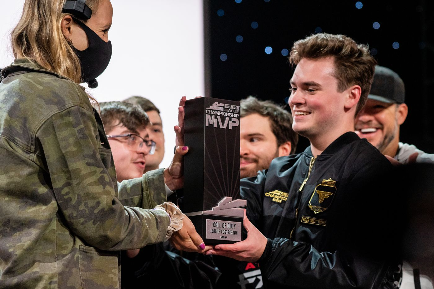 """Tyler """"aBeZy"""" Pharris of the Atlanta FaZe is awarded the post season MVP award after the Call of Duty league playoffs championship round at the Galen Center on Sunday, August 22, 2021 in Los Angeles, California. The Atlanta FaZe beat the Toronto Ultra 5 - 3. (Justin L. Stewart/Special Contributor)"""
