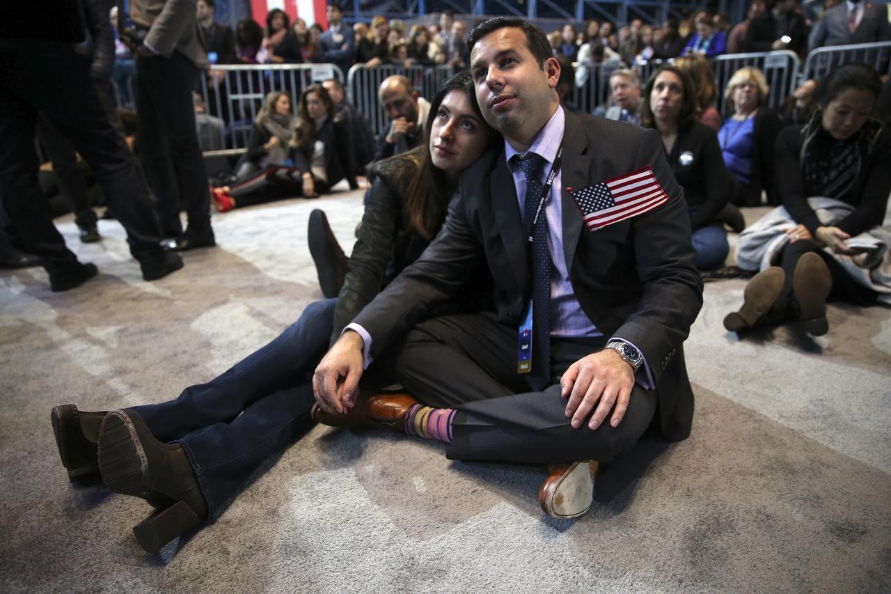 Los hispanos temen que indocumentados sean deportados y que terminan programas como DACA, luego del triunfo electoral de Donald Trump. (NYT/RUTH FREMSON)