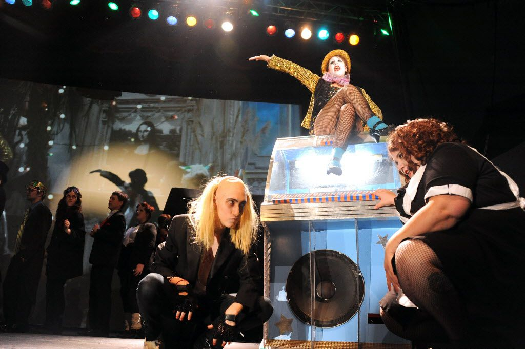 """Actors sing and dance """"The Time Warp"""" at the showing of The Rocky Horror Picture Show at Lakewood Theater in Dallas, TX on October 25, 2013. (Alexandra Olivia/ Special Contributor)"""