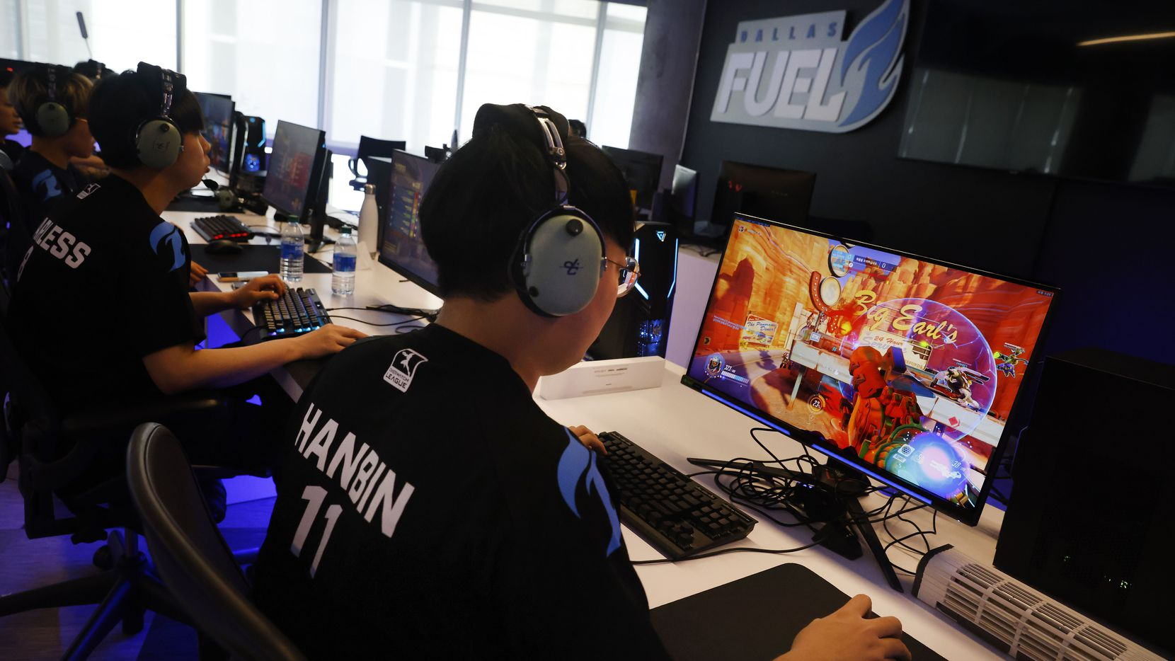 Dallas Fuel Overwatch League player Hanbeen 'Hanbin' Choi practices with his teammates ahead of their season opener against Houston at Envy Gaming Headquarters in Dallas, Monday, March 29, 2021. (Tom Fox/The Dallas Morning News)