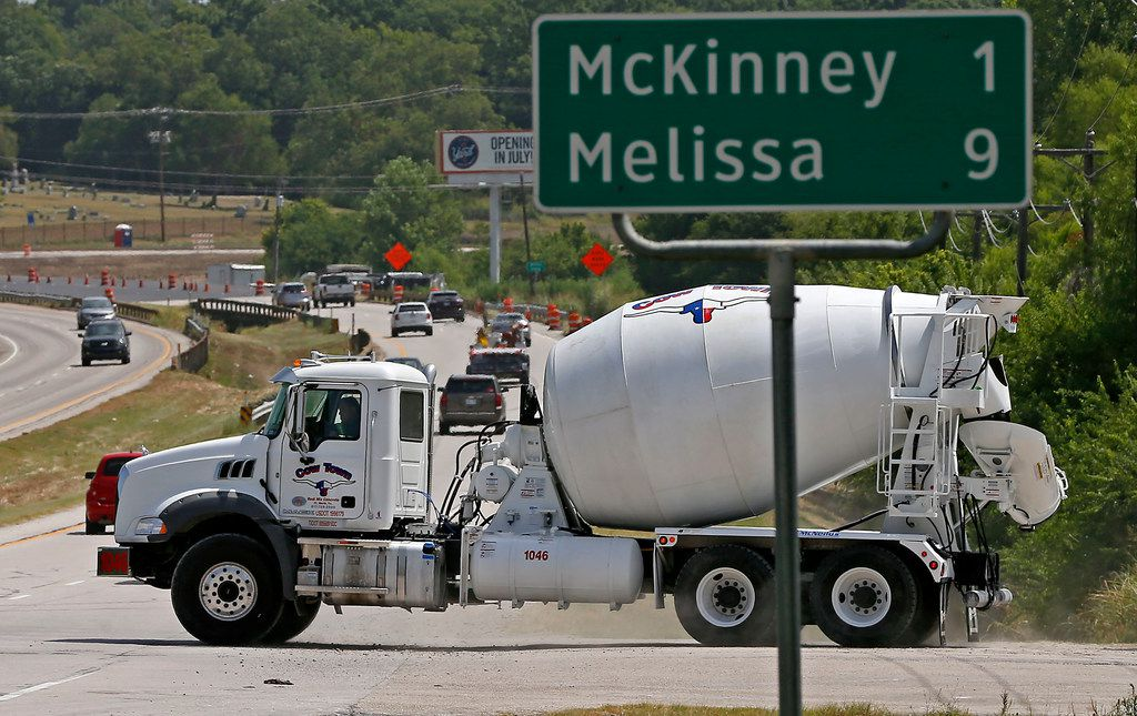Concrete plants are fairly common in booming cities like McKinney that have a high demand for the concrete needed to build roads and other infrastructure. (Jae S. Lee/Staff Photographer)